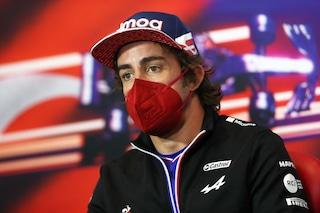 """""""Commissari F1 in confusione, parto 5°"""": Alonso 'salvo' dopo le qualifiche del GP della Turchia"""