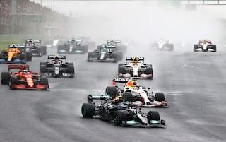 Bottas vince il GP della Turchia sotto la pioggia: Verstappen 2° si riprende la testa del Mondiale