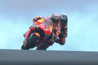 MotoGP, Marquez vola nelle prove libere 1 ad Austin. Flop Yamaha: Valentino Rossi penultimo