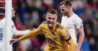 Ramsey segna ancora con il Galles, un'autorete di Skriniar decide Russia-Slovacchia