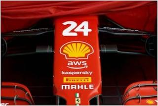 """Leclerc compie gli anni e la Ferrari gli fa un regalo molto particolare: """"Spero che ti piaccia"""""""