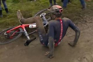 """La commovente e sfortunata fuga di Moscon alla Roubaix: """"Il ciclismo è così, ma ci riproverò"""""""