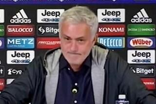 Una domanda fa vacillare Mourinho dopo Juve-Roma: risponde con 13 secondi di silenzio