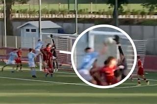 """Il gol di mano è eclatante, Roma-Napoli finisce nel caos: """"Non è pallavolo questa!"""""""