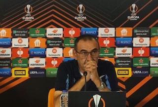"""Sarri difende la Lazio: """"Con l'Inter ho visto mani addosso, io squalificato per un dito minaccioso"""""""