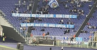 """Striscione per Felipe Anderson all'Olimpico dopo Lazio-Inter: """"Non ti curar di loro... segna e godi"""""""