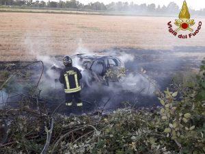 Incidente sull'Aurelia, due morti e un ferito – foto vigili del fuoco