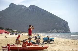 Sabaudia, prenotazioni online e un'App per andare al mare nella spiaggia libera