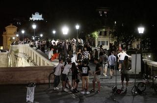 Roma, stop a movida: Monti, Pigneto e Trastevere chiusi dalle 21. Multe fino a 1000 euro