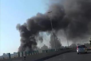Roma brucia ancora, incendio a Prima Porta: chiuso viadotto Giubileo 2000, fumo sulla carreggiata
