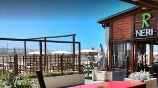Chiuso ristorante dello stabilimento a Fiumicino: risse tra ubriachi e violazione norme anti Covid