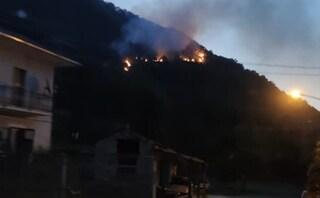 Vasto incendio sulla Sora-Cassino: superstrada chiusa