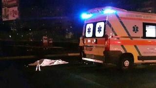 Si schianta su barriera Roma-Fiumicino: morta 25enne, conducente indagato per omicidio stradale