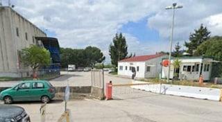 Santa Palomba, ferita una guardia giurata: collega arrestato per tentato omicidio