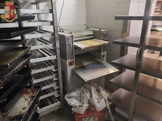 Blatte, sporcizia e violazione delle norme anti-covid: chiuso un locale in via Ostiense