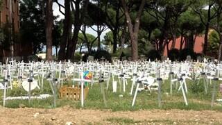 """Sepoltura feti, Francesca a Fanpage.it: """"Mi hanno imposto la croce che non mi rappresenta"""""""