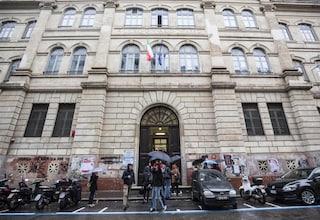 """Rientro a scuola a Roma, la lettera dei professori del Liceo Tasso: """"Rischiamo di richiudere"""""""