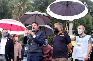 Matteo Salvini interviene senza mascherina alla manifestazione di polizia e carabinieri