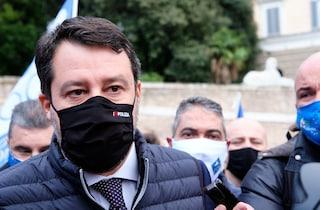 """Matteo Salvini fischiato alla manifestazione dei ristoratori in corso a Roma: """"Non è stato invitato"""""""
