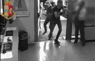 Operazione Etna, sgominata banda di rapinatori: dalla Sicilia ai colpi contro le banche di Roma