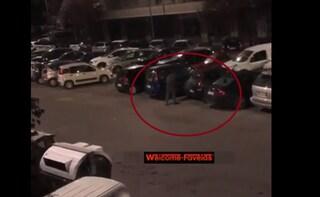 Paura a Colli Albani: uomo distrugge 50 automobili a sprangate