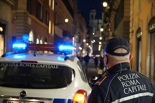 Bar organizza un Covid Festival a Roma: la polizia multa il titolare e chiude il locale