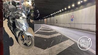 Travolge un 19enne in scooter e scappa: l'automobilista si è costituita dai carabinieri
