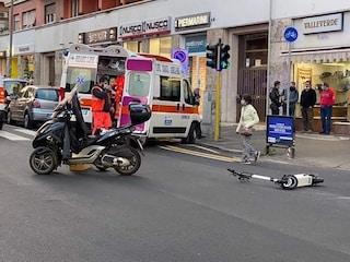 Scontro tra scooter e monopattino nei pressi della ciclabile: ferito un uomo di 53 anni