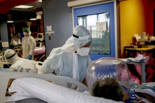 Coronavirus Lazio, bollettino di martedì 3 agosto: 421 nuovi casi, 3 morti e 205 contagi a Roma
