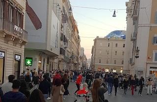 Zone chiuse a Roma: accessi contingentati a vie dello shopping, stop piazze della movida