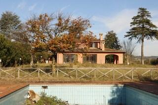 Dentro la villa di Carminati: confiscata, diventerà un centro Asl per i disturbi dell'autismo