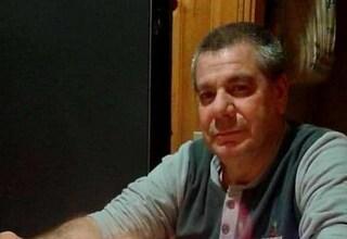 Funerali dell'infermiere morto di Covid a Natale: l'addio con le sirene delle ambulanze