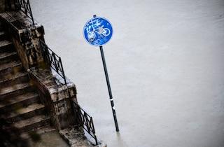 Allerta meteo a Roma e nel Lazio: grandine e temporali, allarme per livello Tevere e Aniene