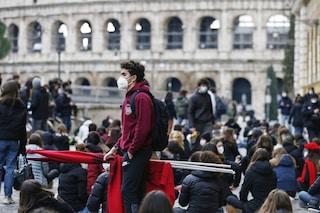 """Protesta degli studenti contro la Dad in oltre 100 scuole di Roma: """"Riapriamo in sicurezza"""""""