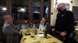 Perché non multano i ristoranti aperti a cena: la risposta dei vigili di Roma a Fanpage.it
