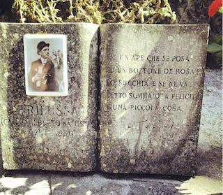 Sulla tomba di Trilussa al cimitero del Verano una poesia che è un inno a godere della vita