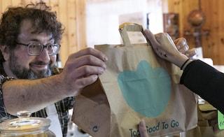 La 'box' contro lo spreco alimentare: Too Good to Go festeggia i 1000 negozi aderenti a Roma
