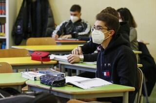 Latina, 50 studenti positivi: le classi richiudono ad un giorno dalla riapertura