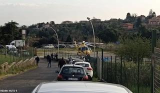 Incidente a Velletri: anziano preso in pieno da un autobus Cotral, interviene l'eliambulanza