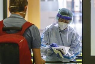 Covid Lazio, bollettino di sabato 24 aprile: 1.266 nuovi casi e 23 morti, 500 contagi a Roma