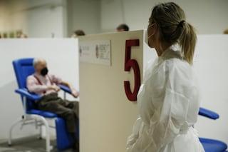 Vaccino Covid Lazio, come prenotare la terza dose per over 80: quando apre la piattaforma