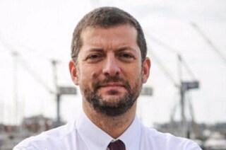 """Il deputato PD Andrea Romano contro Raggi: """"Da mesi aspetto di poter seppellire mio figlio morto"""""""