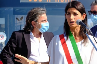 Roma, l'amministrazione Raggi rischia: domani voto su sfiducia al vicesindaco Calabrese
