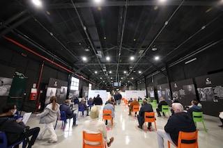 Inaugurato il nuovo centro vaccinale degli Studios di Cinecittà: fino a 2200 vaccini al giorno