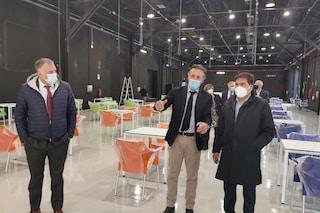 Ecco il centro vaccinale agli studios di Cinecittà a Roma: è nel teatro di 'Un medico in famiglia'