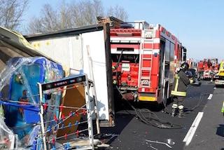 Incidente sull'Autostrada A1 a Valmontone: 5 veicoli coinvolti, 4 feriti. Tre chilometri di coda