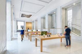 Apre l'Apple store in un antico palazzo nel cuore di Roma tra affreschi e marmi