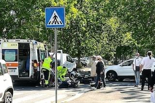 Incidente stradale a Monti Tiburtini, scontro tra due auto: 62enne è grave