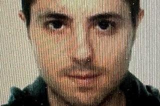 Nella mansarda del killer di Ardea due pc e 4 schermi: indagini per svelare suo profilo psicologico