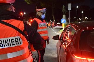 Panico al centro di Roma, 43enne imbocca contromano piazza Venezia e rischia di causare un incidente
